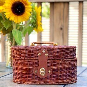 Vintage Wicker Basket Personal Size / Handbag Size